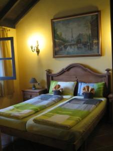 Apartamentos-Monasterio-de-San-Antonio-04.JPG