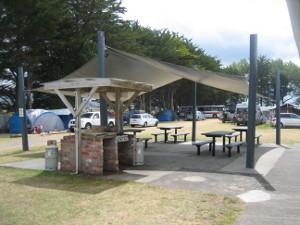 Tolaga-Bay-Holiday-Park-03.JPG