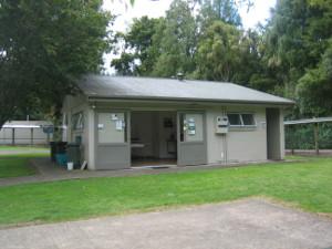 Camp-Kiwi-Holiday-Park-02.JPG