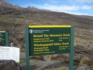 Whakapaapit-Valley-Track-01.JPG