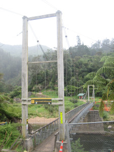 karangahake-gorge-historic-walkway-02.JPG